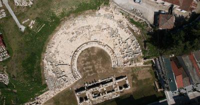 Ανοίγει στο κοινό το Αρχαίο Θέατρο Λάρισας