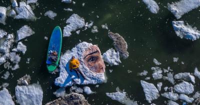 «Κι αν πετάξεις;» - Ένα μήνυμα πάνω στον πάγο