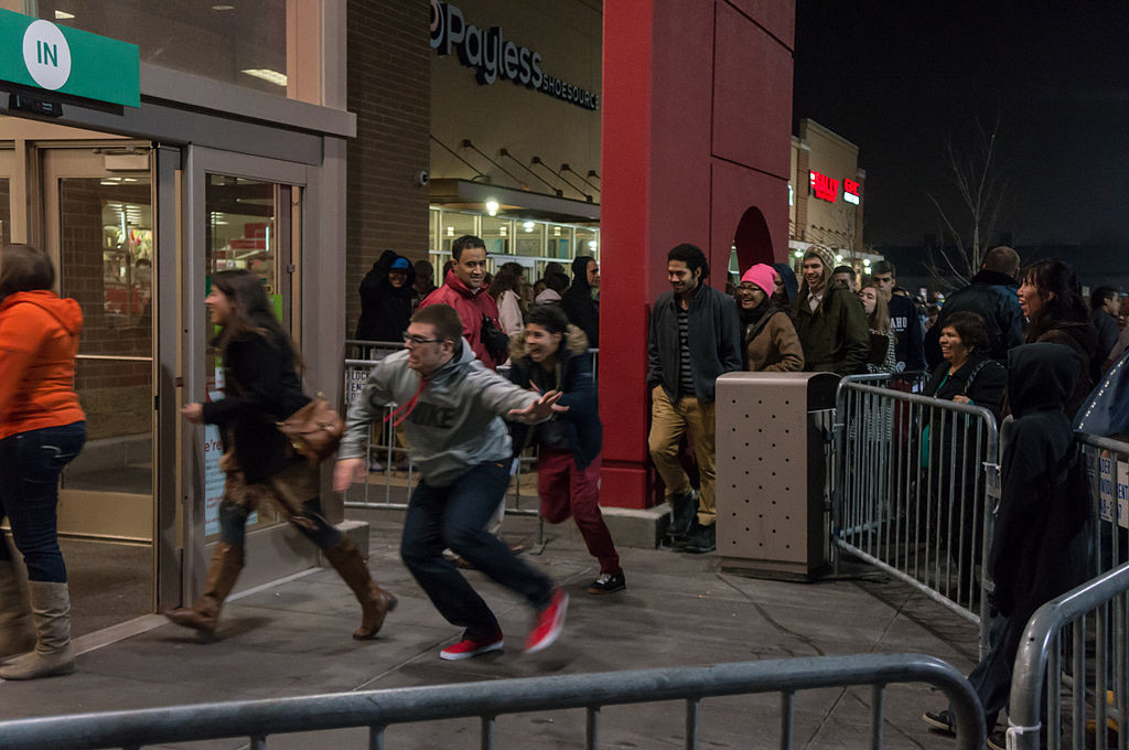"photo: ""Black Friday"" by Powhusku"