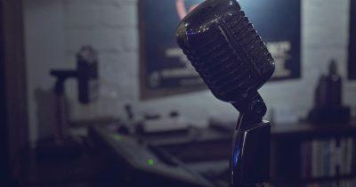 Η φωνή της