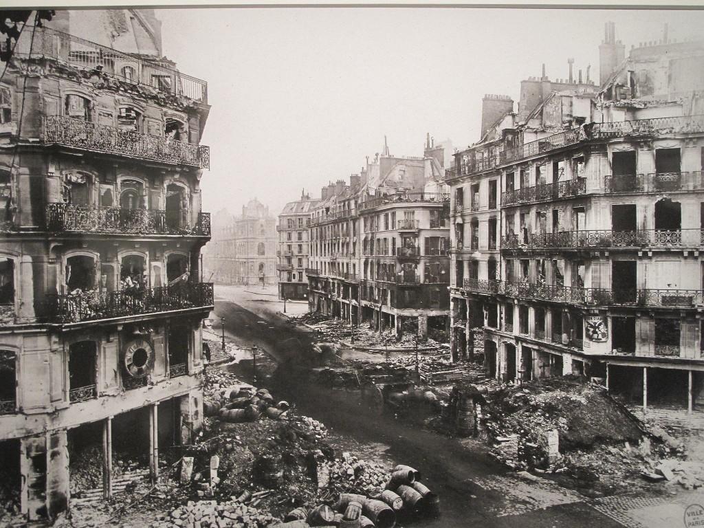 Άποψη της Rue de Rivoli μετά τη ματωμένη εβδομάδα