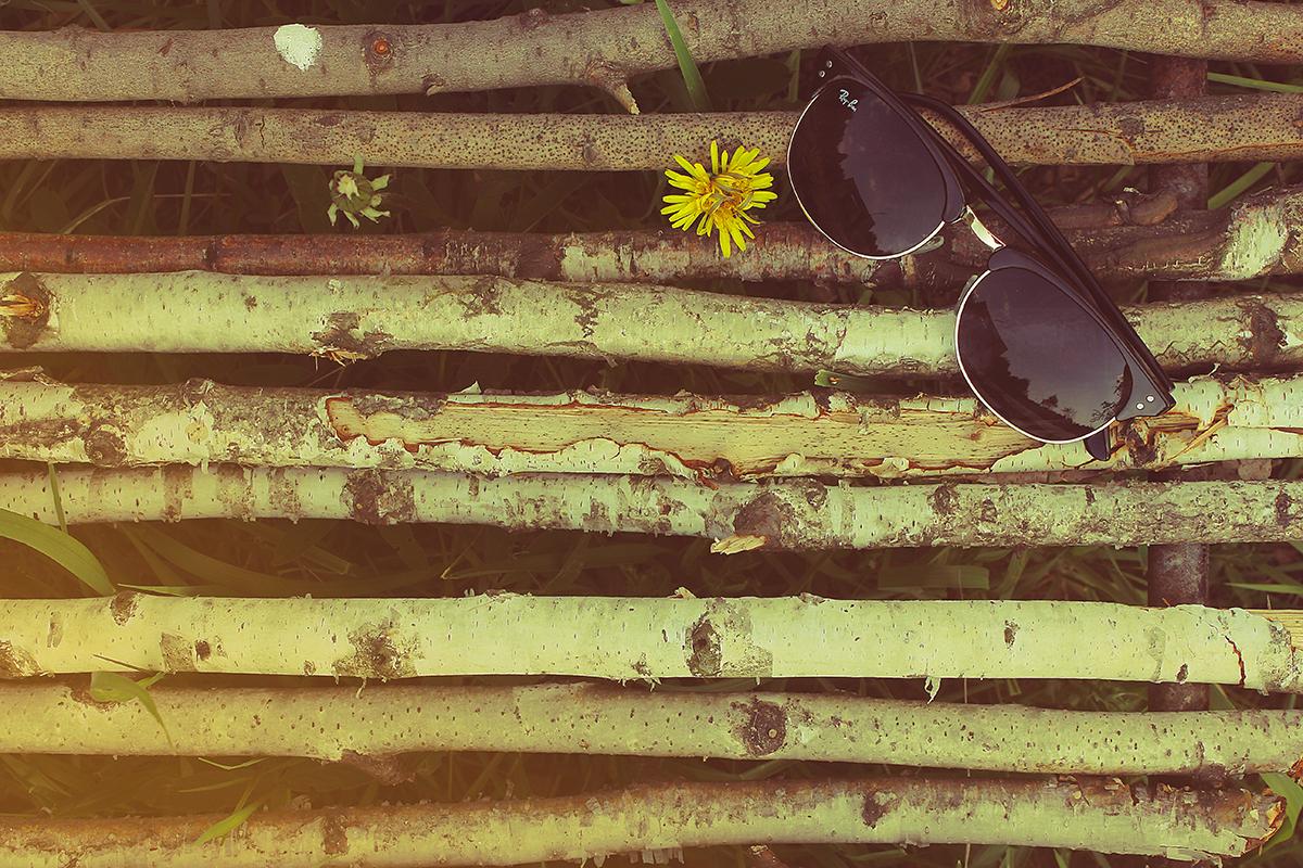 6636bb5164 Τα γυαλιά ηλίου αποτελούν ένα εξαίρετο εργαλείο προστασίας των ματιών μας  από την υπεριώδη ακτινοβολία. Το είχατε σκεφτεί ποτέ έτσι  Εσείς  χρησιμοποιείτε τα ...