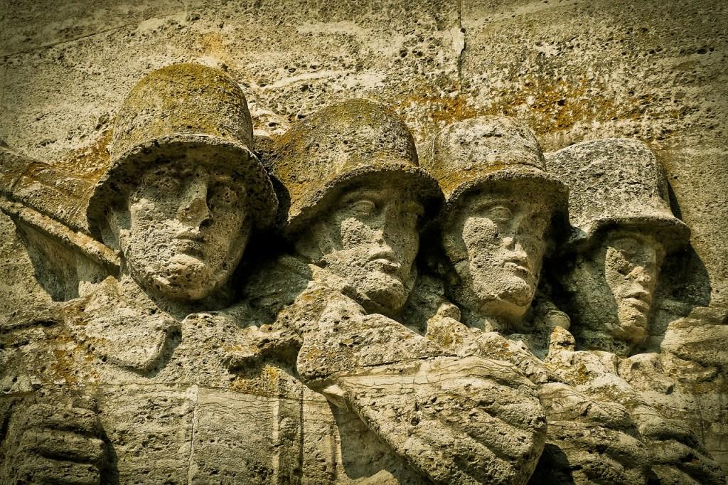 monument-1615347_1280