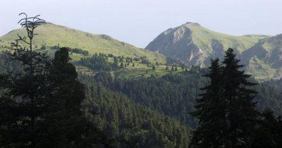 Άγραφα: Κανένα βουνό και κανένας άνθρωπος μόνος του απέναντι στο παράλογο και στο καταστροφικό