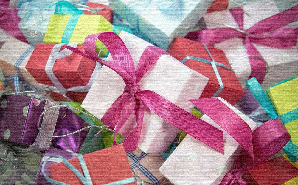 gift-444520_1280-(1)