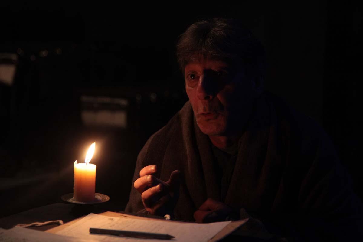 Το Παλτό» του Nikolai Gogol στο θέατρο act  655856dd543
