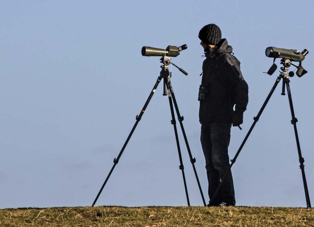 spotting-scope-1504365_1280