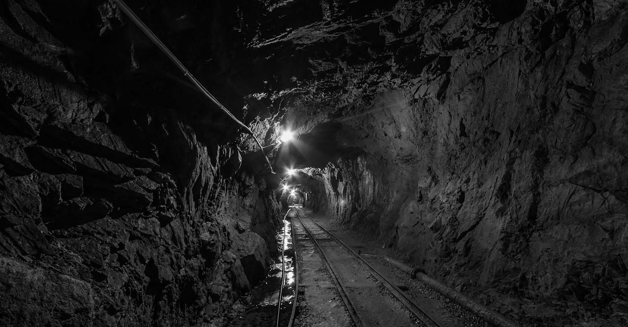 tunnel-957963_1280