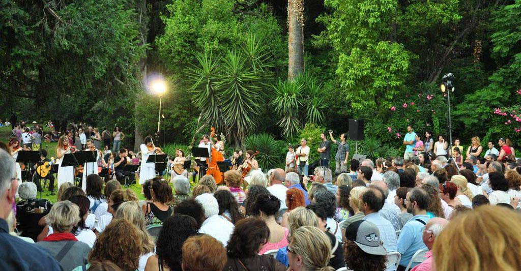 Athens-Gardens-Festival-photo-me-kosmo2