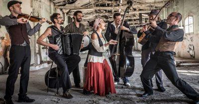 Η Barcelona Gipsy Balkan Orchestra θα κλείσει τις εκδηλώσεις του Πατρινού Καρναβαλιού 2020