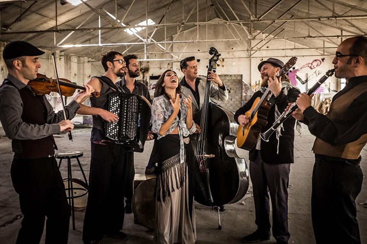 Barcelona-Gipsy-balKan-Orchestra-5