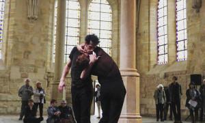 """«Κάτι Ανοίγει» – Παράσταση σύγχρονου χορού από τον Χάρη Γκέκα και την ομάδα  """"Strates"""" στο Διεθνές Φεστιβάλ Πάτρας 2019"""
