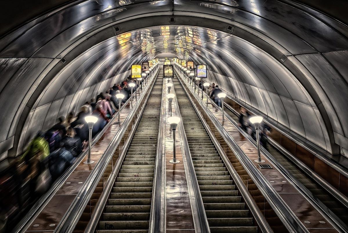 metro-3714290_1280