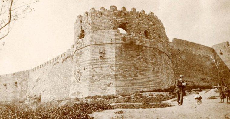 Το Κάστρο της Πάτρας και το τελευταίο τσιγάρο του Δημήτρη Μάτσαλη