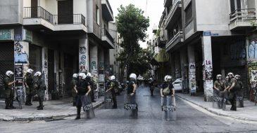 «Χουντικό» δόγμα αστυνομοκρατίας στα Εξάρχεια