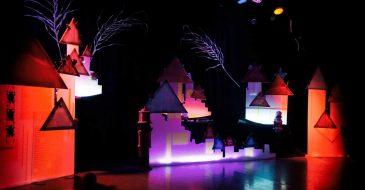 Χριστούγεννα με την Ομάδα των Πέντε Εποχών στο Θέατρο 104