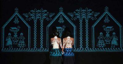 «Λάμπρος» του Διονυσίου Σολωμού από την Ομάδα ΑΤΟΝΑλ στο Θέατρο του Νέου Κόσμου