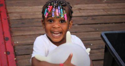 Φωτογραφικό αφιέρωμα στα πιο φωτεινά χαμόγελα της χρονιάς από τους Γιατρούς Χωρίς Σύνορα