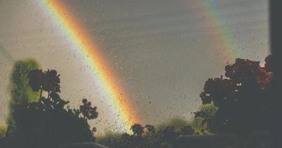 «Τραγούδι» στις κρύες βροχερές μέρες