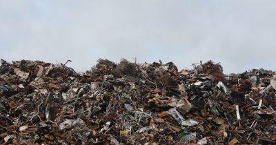 Λάθος η όποια σκέψη για καύση σκουπιδιών στην Ελλάδα