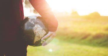 Ο πλανήτης μάς κάνει έξωση