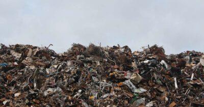 Επικίνδυνες εξελίξεις για τη διαχείριση των απορριμμάτων στην Αττική και σε ολόκληρη τη χώρα