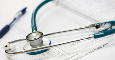 Η Κυβέρνηση να σταματήσει να αγνοεί επιδεικτικά τους γιατρούς του δημόσιου συστήματος υγείας