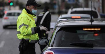 """Θεσσαλονίκη: Καταγγελία για επιβολή προστίμων """"άσκοπης μετακίνησης"""" σε άστεγους"""