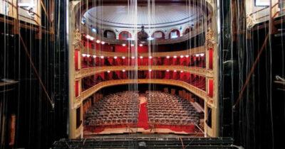 Κλειστές αίθουσες - Ανοιχτό θέατρο | Σκέψεις και προβληματισμοί για τη μέρα πριν την «επόμενη μέρα» του θεάτρου