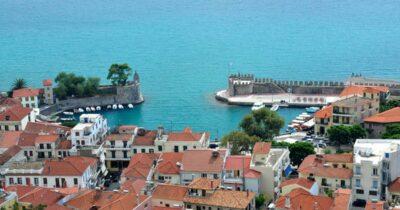 Ναύπακτος: Καμία σκέψη για επέκταση του ωραρίου των εμπορικών καταστημάτων στις τουριστικές περιοχές