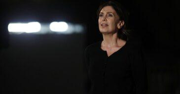 Αίγιο: «Η πόρνη από πάνω» στο Υπαίθριο Θέατρο Γεώργιος Παππάς