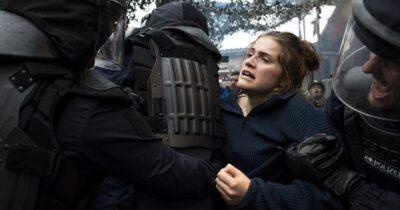 «Kι αύριο ο κόσμος όλος»: Το ζήτημα της βίας και της μη βίας στις αντιφασιστικές δράσεις