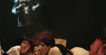 «Η Βαλίτσα με τις μάσκες» σε live streaming από το Θέατρο Αερόπλοιο