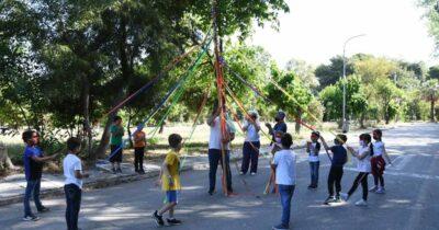 Πάτρα: «Δες το σφαιρικά» με το χορευτικό του Δήμου το ΔΗΠΕΘΕ Πάτρας και θέατρο σκιών