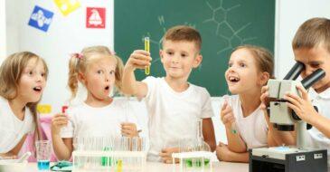 Συναρπαστικό καλοκαίρι με τους Μικρούς Επιστήμονες
