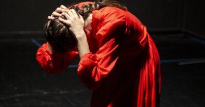 «Απέθαντο» στο θέατρο 104 από τη θεατρική ομάδα Hippo