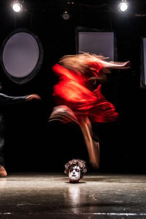 «Απέθαντο» σε σκηνοθεσία Αλέξανδρου Ράπτη στο θέατρο 104
